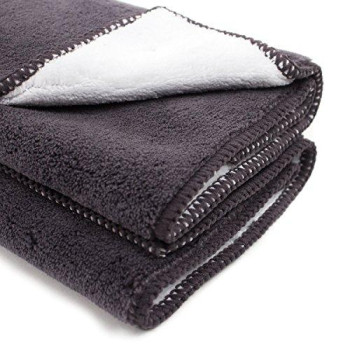 Zwipes Auto 883 Professional Microfiber Dust Cloth And Polishing Cloth Towel, 2-Pack